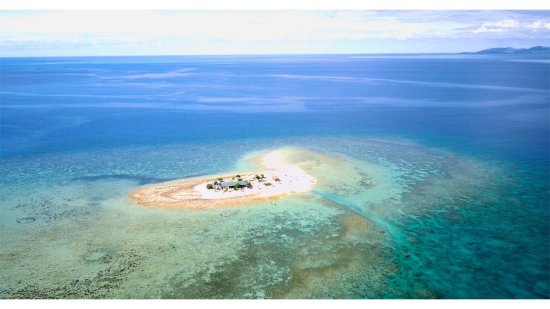 Oolala Cruises: Aerial view from my husband's drone (he had special permission from the Fijian government to fly