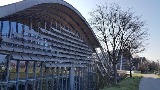 Zentrum Paul Klee (Paul Klee Center): Blick zum Eingang