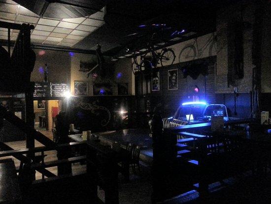 Livingstone Pub