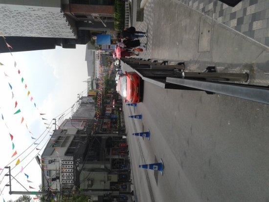 Siam Square: 20170405_141803_large.jpg