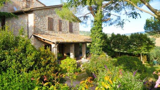 Agriturismo Casale dei Frontini: facciata casale