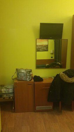 Hotel Beautiful: Scrivania e co.
