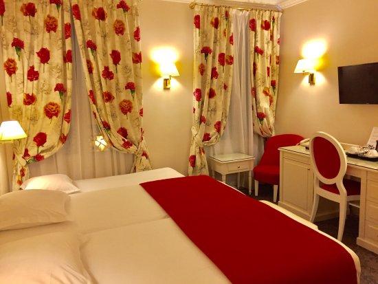 Hotel Queen Mary : photo0.jpg