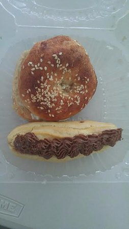 "Oasis Cafe: ""bagel"" and ""eclair"""