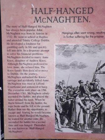 Lifford, Irlande : Story of Half Hung Mc Naght