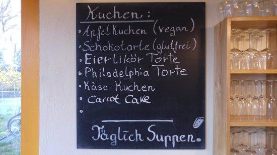 Leiferde, Germany: Hausgemachte Kuchen und Torte