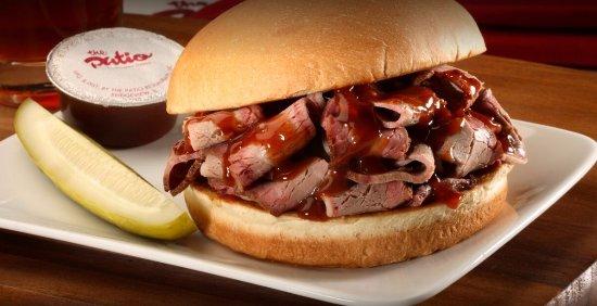 Lombard, Ιλινόις: BBQ Brisket Sandwich