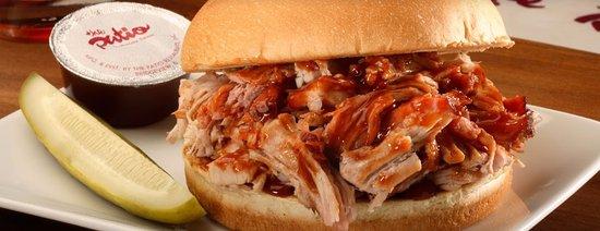 Darien, IL: Pulled Pork Sandwich