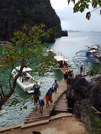 Kayangan Lake: Passerella di accesso