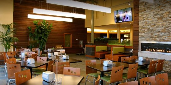 Aurora, إلينوي: Seating Area