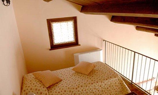 Cortaccione, Italia: soppalco con letto singolo