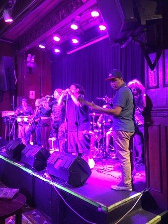 Pub La Noche: photo1.jpg
