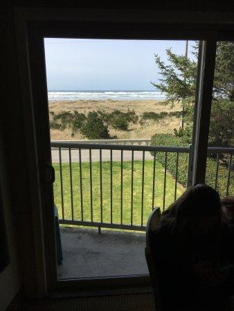Hi-Tide Oceanfront Inn: photo2.jpg