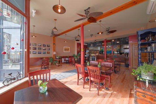 Port Henry, NY: Red Brick Cafe Interior