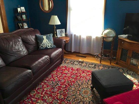 Bocabec, Canada: our blue lounge