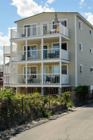 Friendship Oceanfront Suites Seabreeze Building Beach