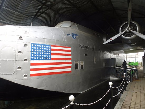 Foynes, Irlanda: The replica flying boat that you can go on