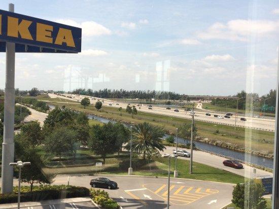 Ikea restaurant miami fotos y restaurante opiniones for Restaurant ikea miami