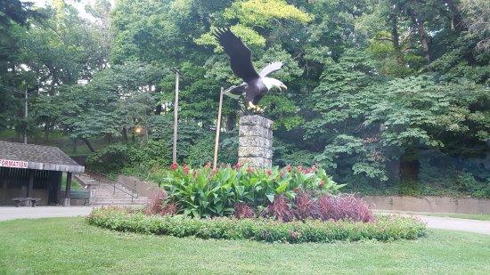 Dubuque, IA: Eagle Point Park