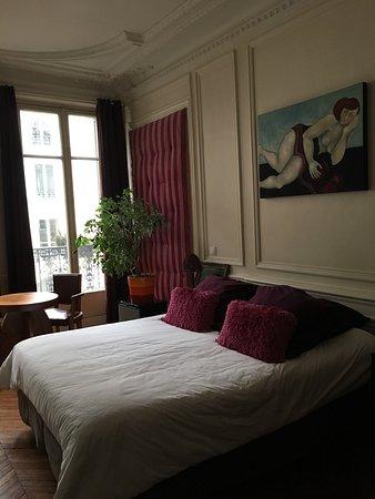 A Room in Paris : photo2.jpg