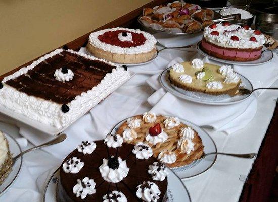 Safety Harbor Resort and Spa : Sunday Brunch Dessert Room