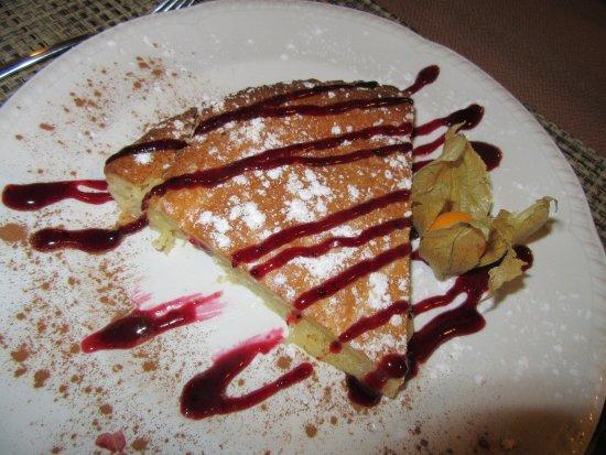 Hotel Irigoienea : Pastel Vasco .... delicioso................  es el postre de la cena