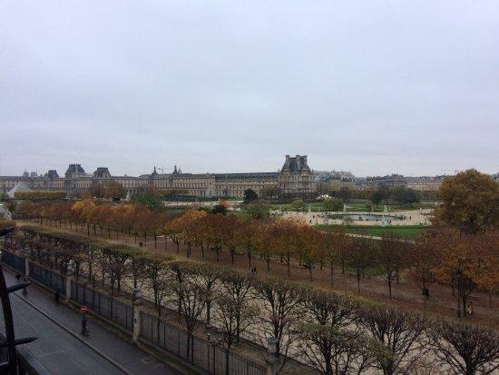 Louvre, Jardin des Tuileries - Picture of Hotel Brighton - Esprit de ...