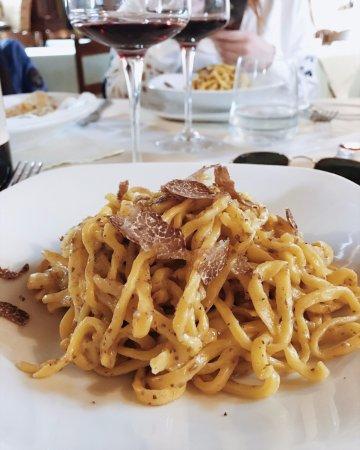 Piccolo Hotel San Valentino: Pici con tartufo marzuolo fresco