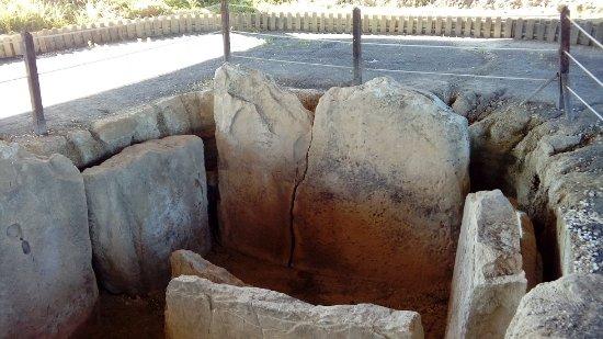 Villamartin, Spagna: Dolmen de Alberite cerca de Villamartín
