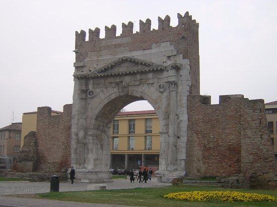 写真Arco d'Augusto枚