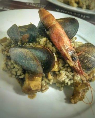 Can Ganassa: Paella exquisita, con excelente sabor a mar y super natural. SUBLIME!! No hubo peros...