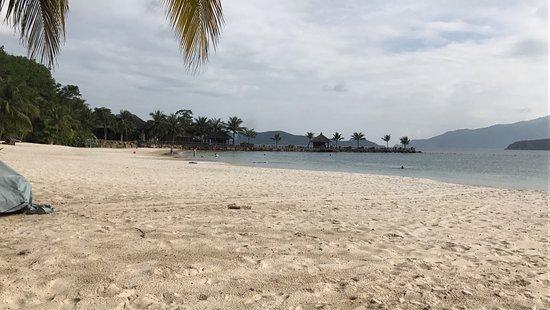 วินเพิร์ล ลักชูรี ญาจาง: Пляж
