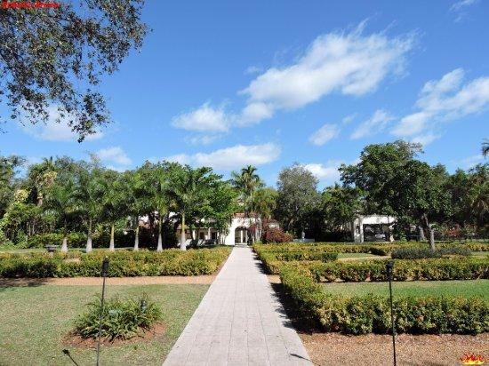 Норт-Майами-Бич, Флорида: Giardino