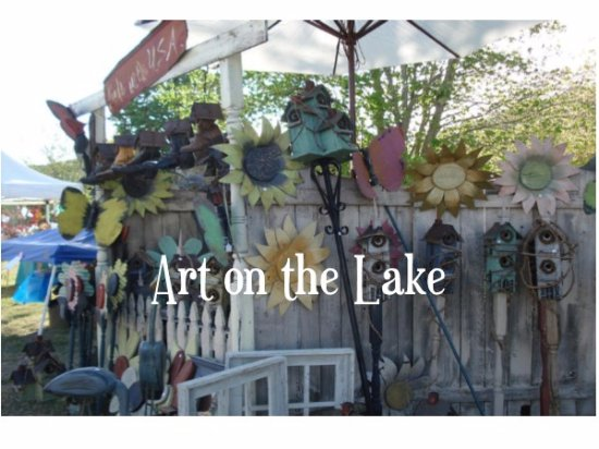 Guntersville, AL: Art on the Lake features original arts and crafts from over 120+ vendors!