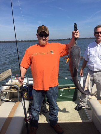 Summerton, SC: Nichols party with a nice Santee Cooper catfish