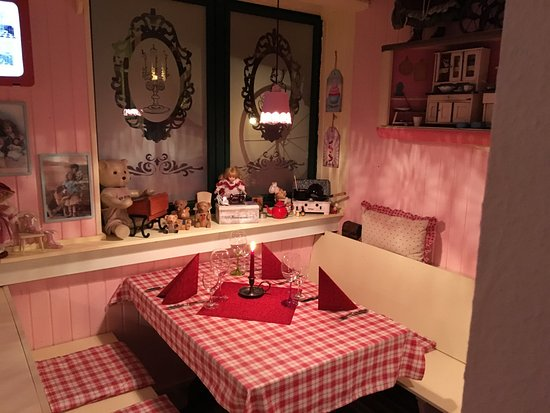 Puppenstube - Bild von Oma\'s Küche, Ostseebad Binz - TripAdvisor