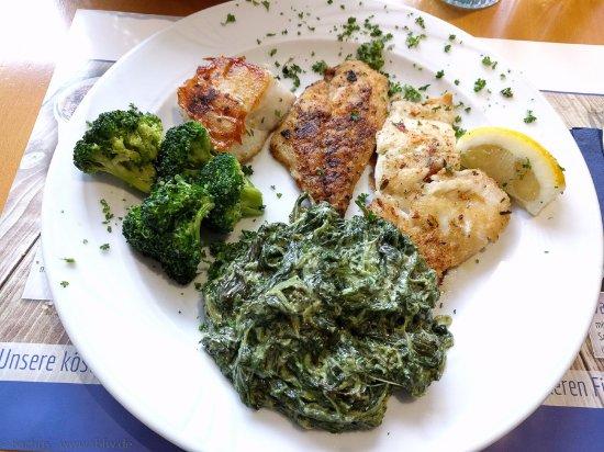 El Pescador: Edelfischfilet - Platte 烤魚拼盤