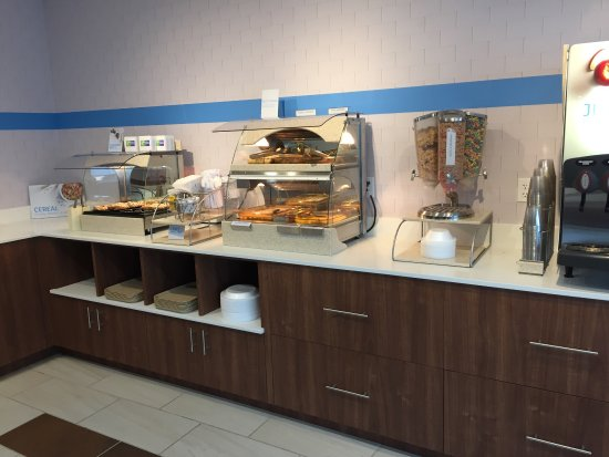 Holiday Inn Express Hotel & Suites, Peoria: photo1.jpg