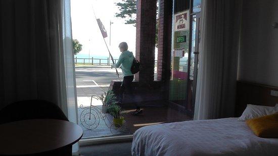 Beachfront Voyager Motor Inn: Ausblick von Zimmer 37