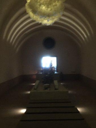 Thermalbad & Spa Zurich: Durchgang zu den Garderoben