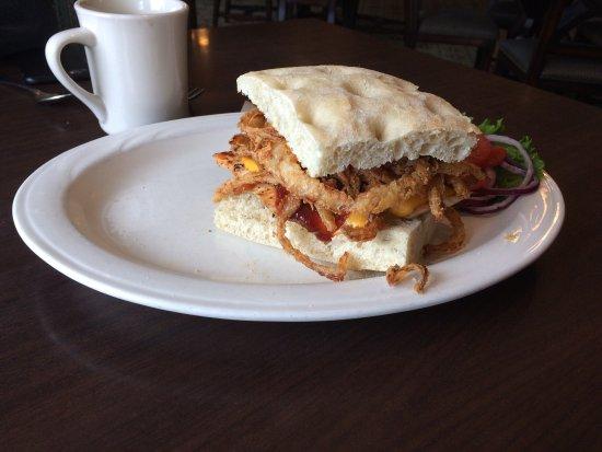 Loleta, CA: BBQ burger with chicken