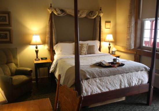 The Barn Inn Bed and Breakfast: Camelot