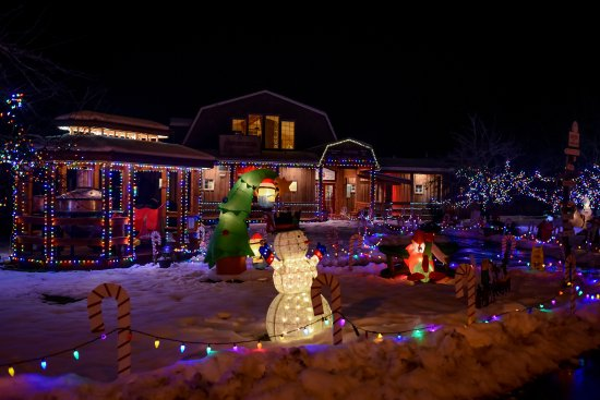 Cobble Hill, Canada: Merridale Courtyard Light-up