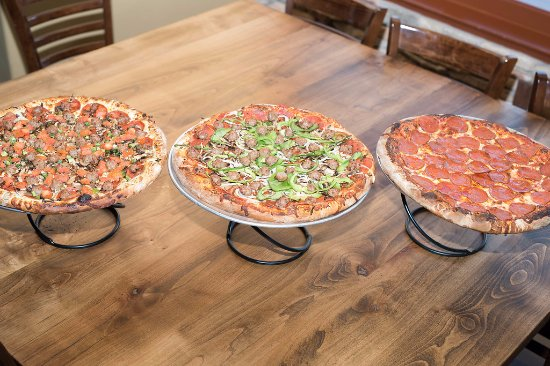 Papa's Pizza Cafe: A few of Papa's classics!