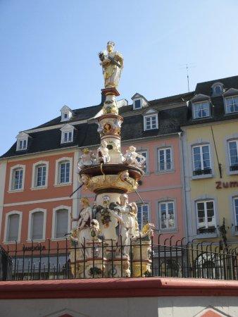 Petrusbrunnen trier duitsland beoordelingen tripadvisor - Dining barokke ...