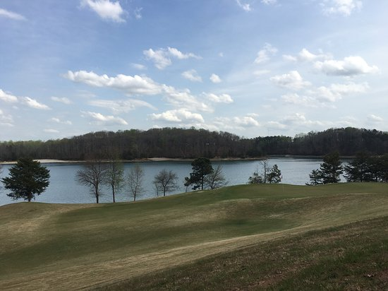 Legacy Lodge & Conference Center: Lake Lanier from the Golf Course