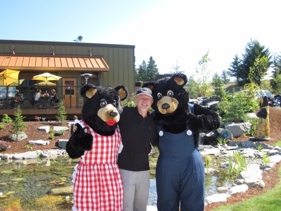 Black Bear Diner: Watch out for bears!