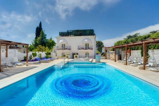 Melia Villa Capri Hotel & Spa Photo