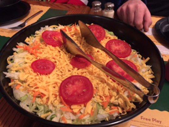 Canton, IL: Salad
