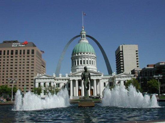 Landmarks Downtown Walking Tours